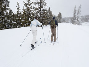 Skiers in Yellowstone